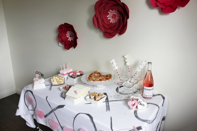 Cheers To Good Friends! A Valentine's Day Party Tutorial! 34