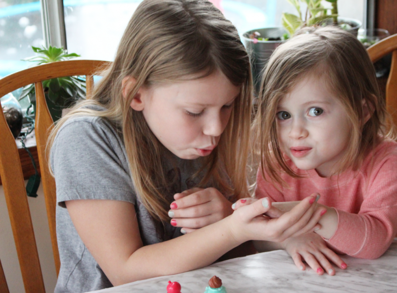 Add Sparkle With Num Nom Toys Nail Polish & Lip Gloss Giveaway 10